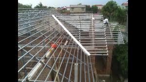 Giá thi công mái tôn khung sắt thép cho nhà ở dân dụng.